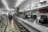 Drugstore Counter BW Fotografisk trykk av Bob Rouse