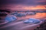 A Long Exposure of a Sunset over Glacier Bay in Iceland Fotografisk tryk af Keith Ladzinski