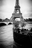 Paris sur Seine Collection - Destination Eiffel Tower Photographic Print by Philippe Hugonnard