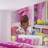 Disney Doc McStuffins - Time for a Checkup - Vlies Non-Woven Mural Tapettijuliste