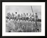 Lunch uppe på en skyskrapa, ca 1932 Affischer av Charles C. Ebbets