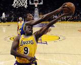 Golden State Warriors v Los Angeles Lakers Photo by Kevork Djansezian