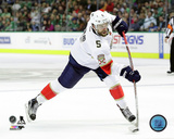 Aaron Ekblad 2016-17 Action Photo