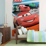 Disney Cars - Lightning McQueen Racing Mural de papel pintado