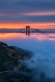 Divine Sunrise Light and Fog, Golden Gate Bridge, San Francisco Fotografiskt tryck av Vincent James