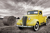 Chevrolet- Classic 1937 Yellow Pick-Up Affiches