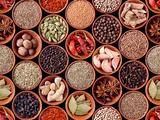 Seamless Texture of Spices on Black Background Fotografisk trykk av Andrii Gorulko