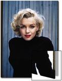 Actress Marilyn Monroe Posing at Home in Her Backyard Kunstdrucke von Alfred Eisenstaedt