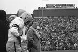 Coach Murray Warmath, Minnesota- Iowa Game, Minneapolis, Minnesota, November 1960 Fotografisk trykk av Francis Miller