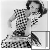 Helen Bunney in a Dress by Blanes, 1957 Affiche par John French
