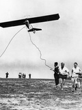 Pilot's License Applicants Start a Hang Glider, 1930 Photographic Print by Scherl Süddeutsche Zeitung Photo