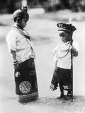 Children in Indochina, 1933 Impressão fotográfica por  Süddeutsche Zeitung Photo