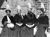 Women in Breton Costume, Ca. 1930's Photographic Print by  Süddeutsche Zeitung Photo