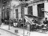 Pavement Cafe in Istanbul, 1927 Photographic Print by Scherl Süddeutsche Zeitung Photo