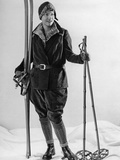 Fashion for Female Skiers, 1930 Fotografiskt tryck av Scherl Süddeutsche Zeitung Photo