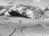 Skier in the South Tyrolean Dolomiten Near Cortina, 1930's. Fotografisk tryk af Scherl Süddeutsche Zeitung Photo