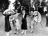 Archeresses Practicing at the Ranelagh Club in London, 1933 Photographic Print by  Süddeutsche Zeitung Photo