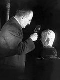 Inspection of Sculpture of Augustus Ceasar in New York, 1925. Photographic Print by Scherl Süddeutsche Zeitung Photo