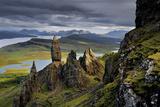 Basalt pinnacles loom over the Sound of Raasay. Lærredstryk på blindramme af Jim Richardson