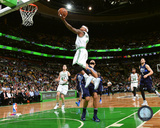 NBA: Isaiah Thomas 2016-17 Action Photo