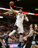 NBA: Karl-Anthony Towns 2016-17 Action Photo