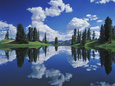 Alpine Lake Reflecting Sky and Clouds, Gunnison National Forest, Colorado, USA Fotografisk tryk af Adam Jones