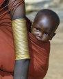 Samburu Baby, Kenya Kunsttryk af John Warburton-lee