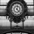 Paris Clock I Kunsttryk af Alison Jerry
