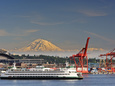 Ferry Leaving Seattle, Seattle, Washington, USA Fotografisk tryk af Richard Duval