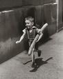 El pequeño parisino Lámina por Willy Ronis