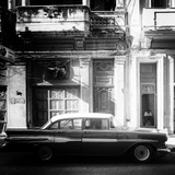 Cuba Fuerte Collection SQ BW - Retro Car in Havana