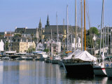 Port and Quarter of Saint Goustan, Town of Auray, Gulf of Morbihan, Brittany, France