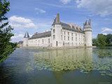 Chateau and Lake, Le Plessis Bourre, Pays De La Loire, Loire Valley, France