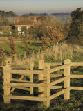 New Wooden Kissing Gate, Heart of England Way Footpath, Tanworth in Arden, Warwickshire, England
