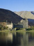 Kilchurn Castle, Loch Awe, Strathclyde, Scotland, United Kingdom