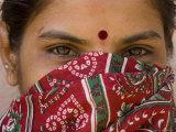 Teenage Girl, Tala, Bandhavgarh National Park, Madhya Pradesh, India