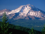 Mt. Shasta across Lake Siskiyou, California