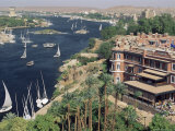 Feluccas on the River Nile and the Old Cataract Hotel, Aswan, Egypt, North Africa, Africa