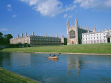 The Backs of the River Cam and Kings College Chapel, Cambridge, Cambridgeshire, England, UK