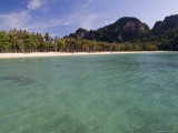 Lanah Bay, Phi Phi Don Island, Thailand, Southeast Asia, Asia