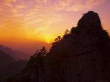 Sunset, Rong Cheng Peak, Huang Shan (Yellow Mountain), Anhui Province, China