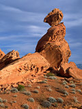 Balance Rock, Valley of Fire State Park, Nevada, USA