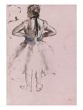 Danseuse debout, de dos, les mains a la taille