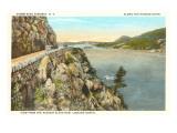 Storm King Highway, Hudson River, New York