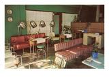 Empty Beauty Parlor, Retro