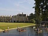 Punting on the Backs, River Cam, Clare College, Cambridge, Cambridgeshire, England, UK, Europe