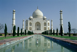 View of the Taj Mahal, Built by Emperor Shah Jahan (1592-1666), Completed in 1643