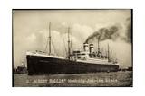Foto Hapag, Dampfschiff Albert Ballin, Rauch