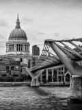 Millennium Bridge and St. Paul's Cathedral - City of London - UK - England - United Kingdom