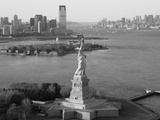 Statue of Liberty (Jersey City, Hudson River, Ellis Island and Manhattan Behind), New York, USA